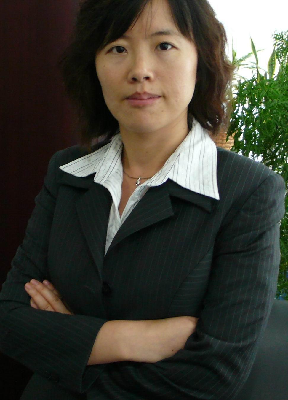 陸麗梅律師