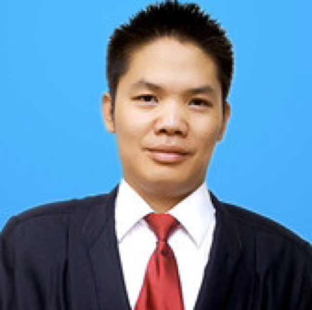 成都律师 李英俊