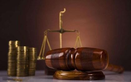 民事起诉必须请律师吗