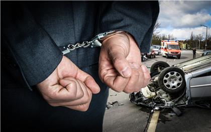 对于交通事故中自首的认定是怎样的