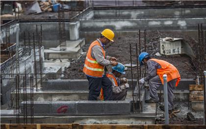建筑工程可个人承包吗