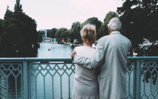 延迟退休年龄