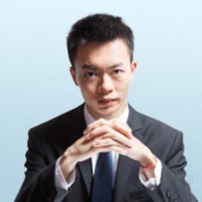 上林县覃英流律师
