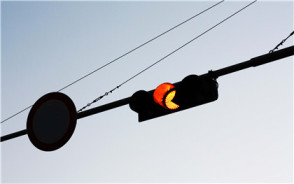 闯红灯扣几分?闯红灯哪些情况不违章?