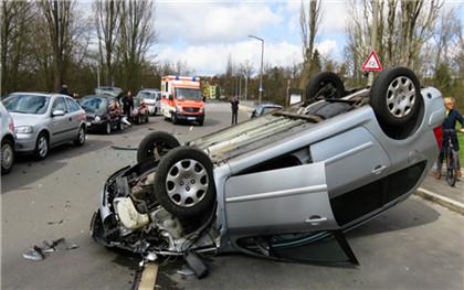 哪些行为属于危险驾驶行为