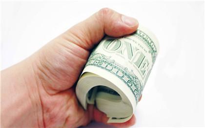 产假工资是拿底薪吗